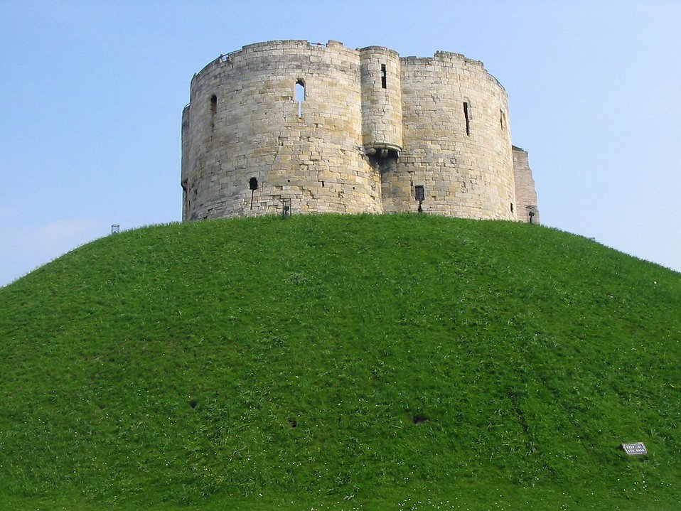 7835 cliffords tower on top of a hill in york pv